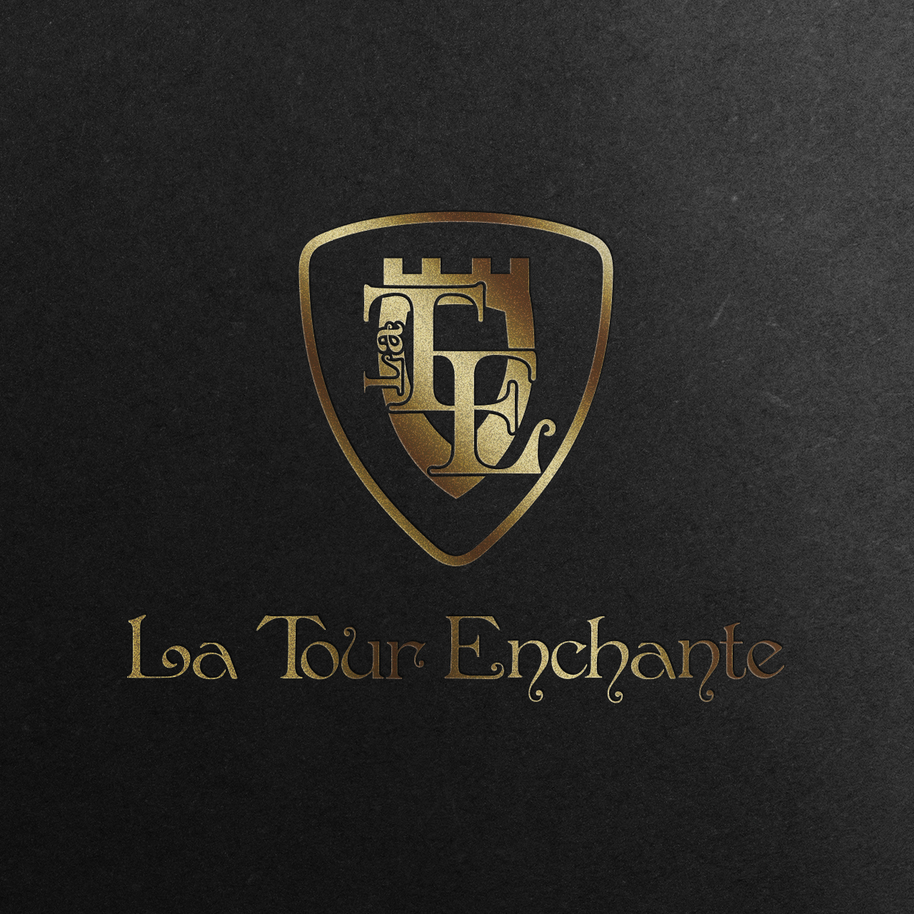 la tour enchante-logo-mockup-gold