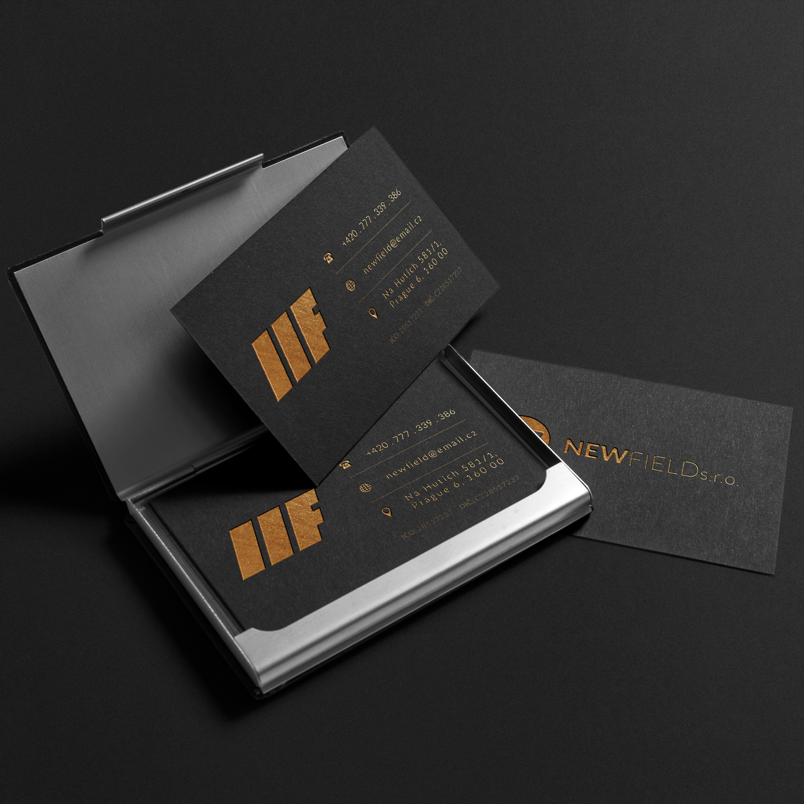 new-field-business-card-gold